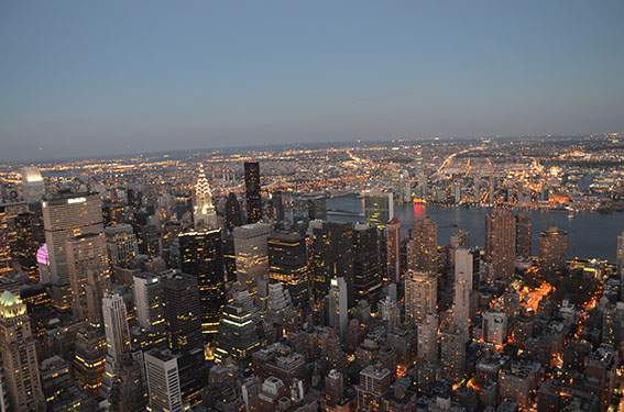 New York City Empire State Building bei Nacht