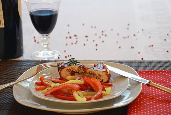 Gefüllte Hähnchenbrust mit Paprikagemüse