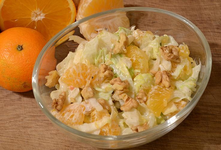 Winter-Salat // Chicorée mit Mandarinen und Walnüssen