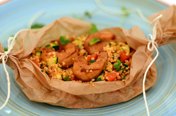Couscous-Scampi-Päckchen mit Gemüse