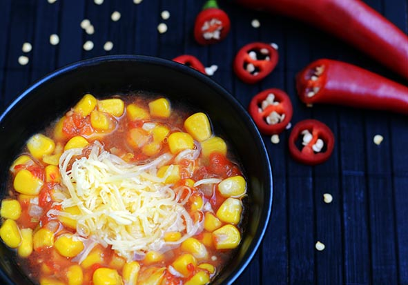 Mexikanische Tomaten-Mais-Suppe