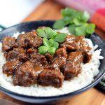 Curry mit geschmortem Schweinefleisch