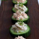 Gurkenhäppchen mit Lachs- und Thunfischcreme