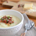 Blumenkohlpüree mit Parmesan und Pancetta